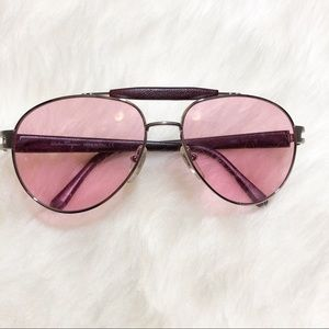 •Salvatore Ferragamo Pink Shade Sunglasses•